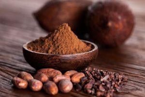"""Cacao không chỉ là thức uống ngon, nó còn là một thành phần """"chủ chốt"""" trong mặt nạ trẻ hóa da khi kết hợp với sữa"""
