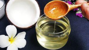 Chống nhăn vùng mắt bằng dầu dừa là phương pháp trẻ hóa da vùng mắt được khuyên dùng vì lành tính & hiệu quả cao