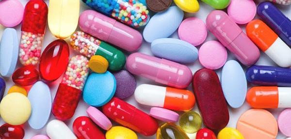 Thuốc Tây trị mụn được xem là một giải pháp khắc chế vi khuẩn gây mụn
