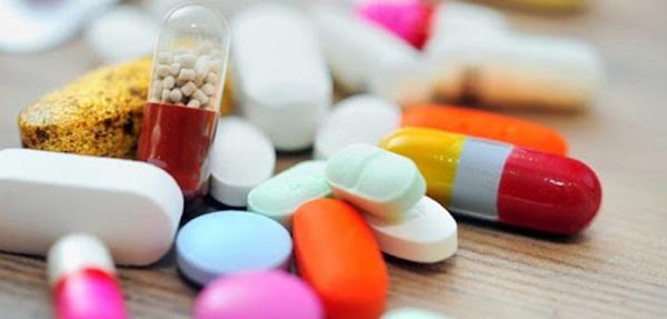 Thuốc Tây trị mụn tiềm ẩn nhiều nguy cơ đối với sức khỏe