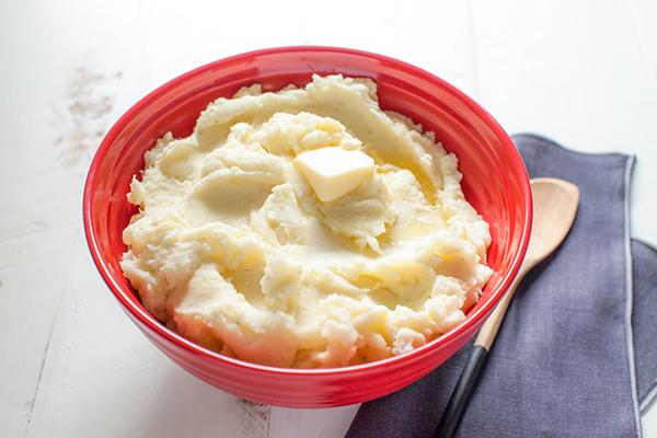 Mặt nạ khoai tây sữa tươi chống lão hóa da mặt tuổi 30