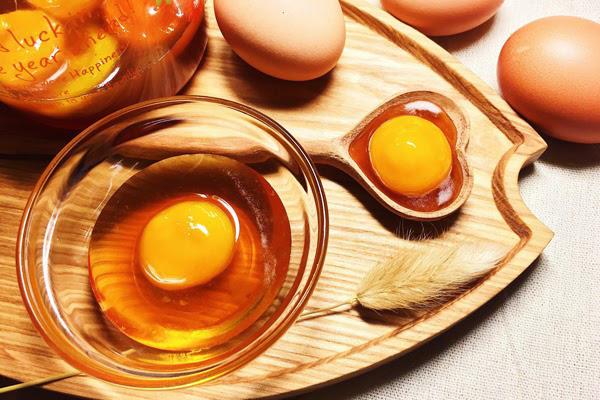 Ngoài tác dụng chống lão hóa, mặt nạ mật ong lòng trắng trứng còn có tác dụng làm sáng da