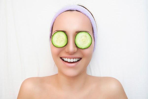 Chăm sóc da mắt trước khi đi ngủ là cách chống lão hóa da vùng mắt hiệu quả