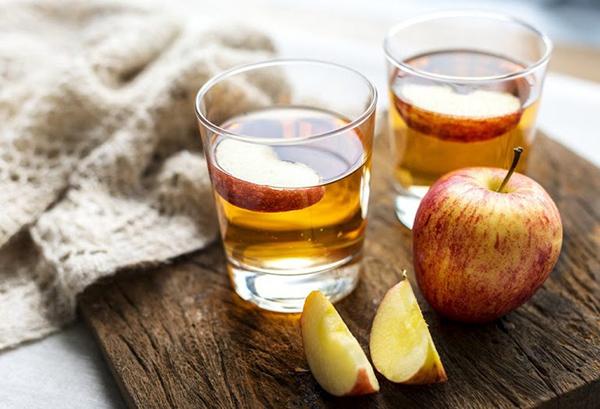 Dấm táo có nhiều công dụng đối với sức khỏe & sắc đẹp