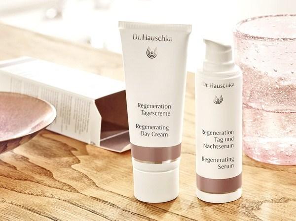 Dr. Hauschka được lấy tên theo đúng tên của nhà sáng chế ra dòng mỹ phẩm hữu cơ & tự nhiên này - Dr. Rudolf Hauschka