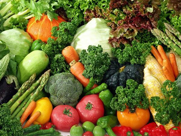 Một chế độ ăn nhiều rau xanh cũng giúp chống lão hóa da dầu rất tích cực